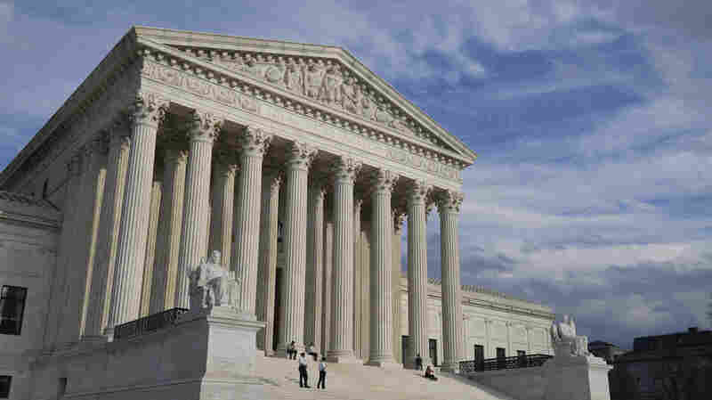 Supreme Court Appears To Lean Toward Allowing Census Citizenship Question