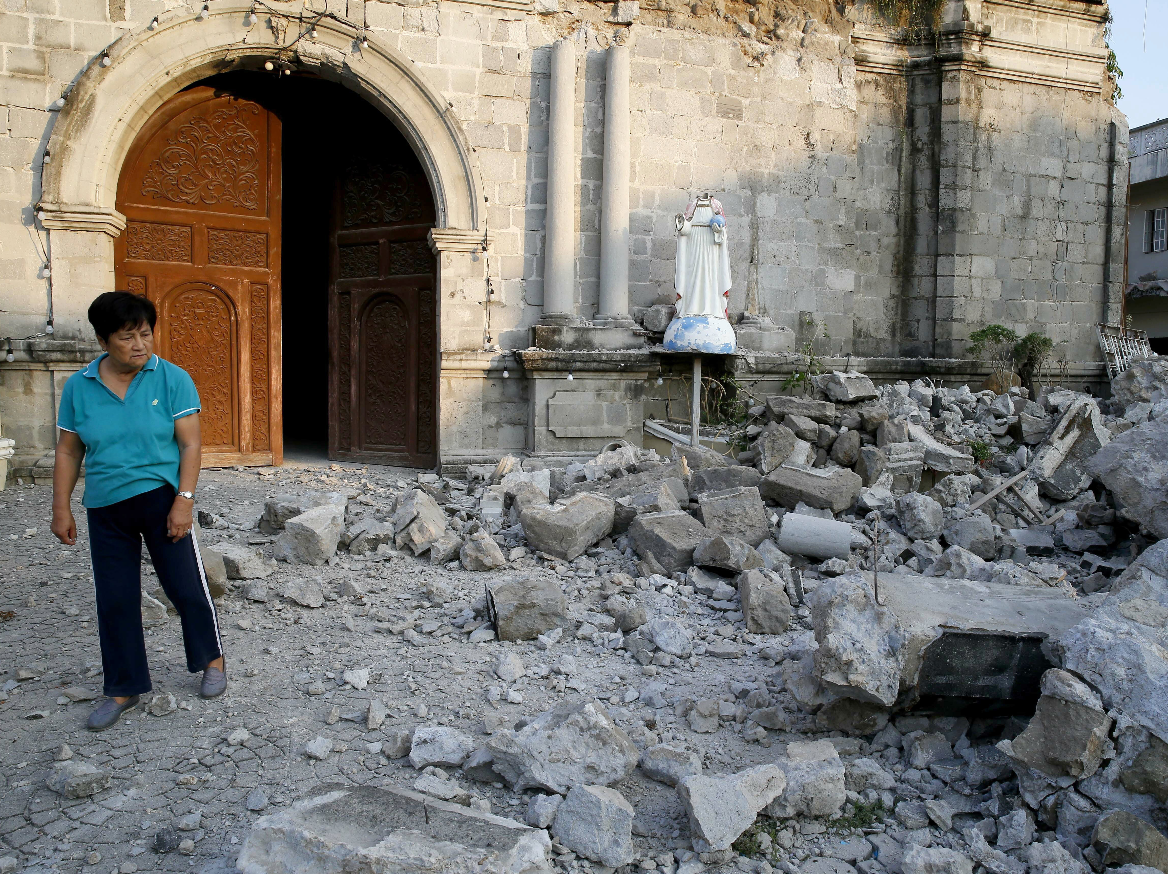 2 Earthquakes Shake The Philippines; At Least 16 Dead