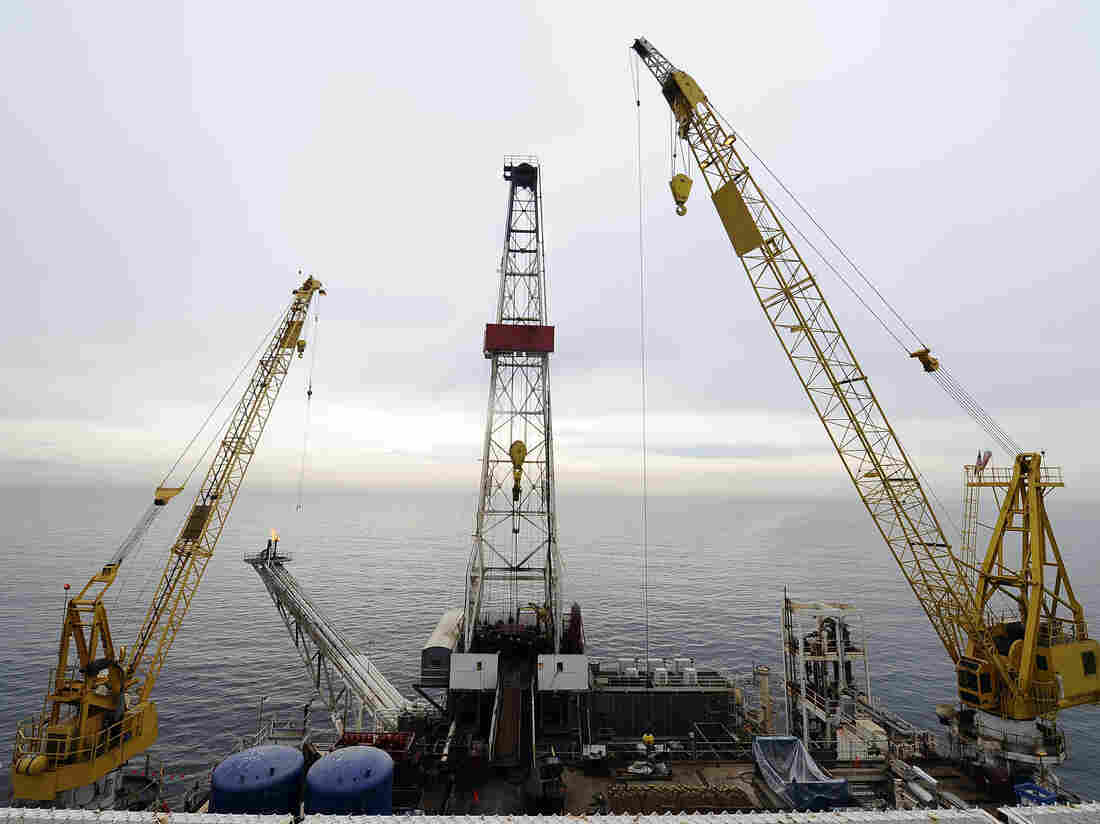 Plans for offshore oil drilling put on pause after ruling