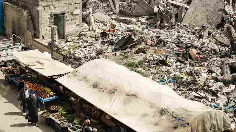Amnesty Criticizes U.S.-Led Coalition's 'Indiscriminate' Actions In Raqqa