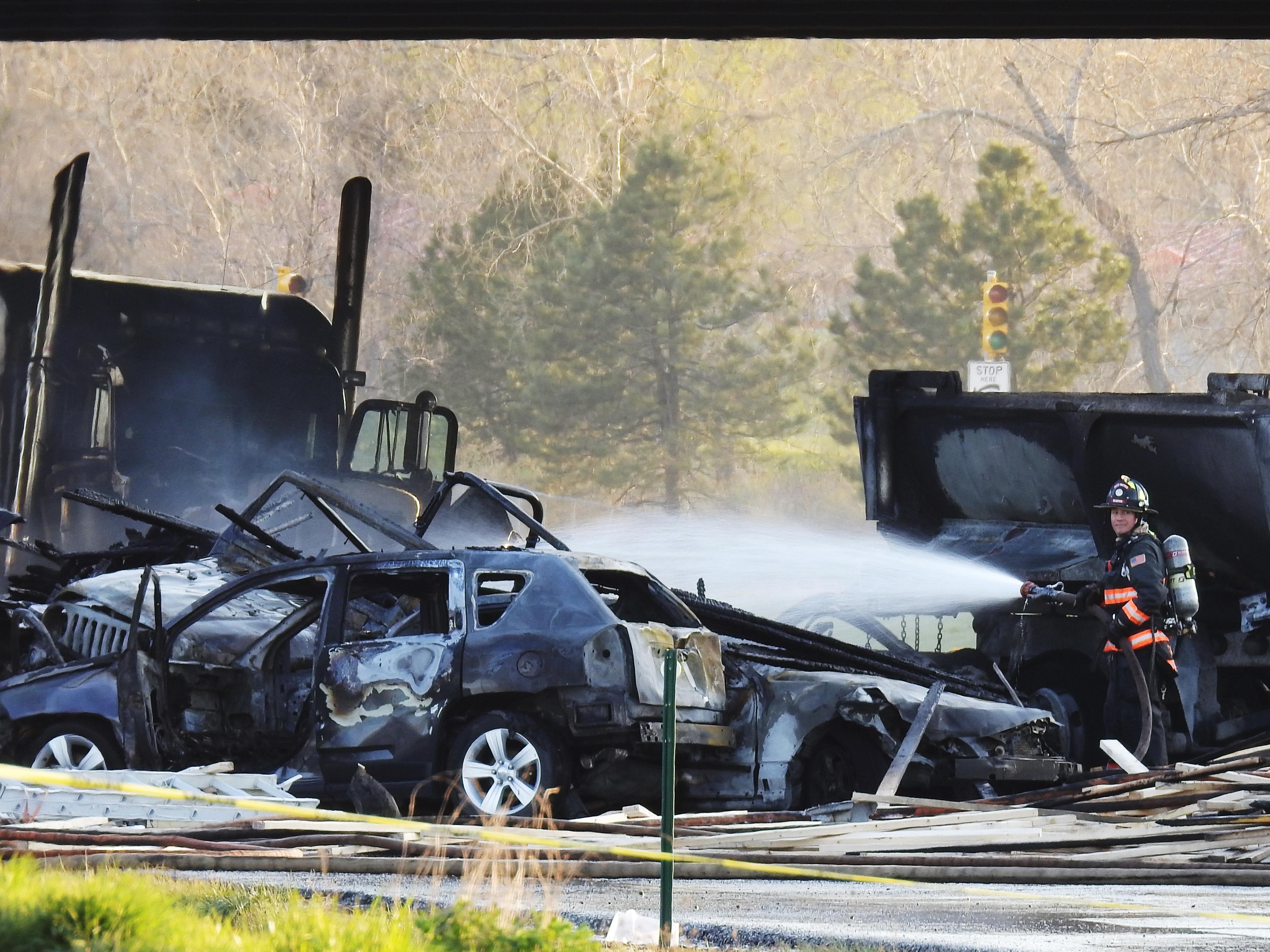 15 vehicles involved in major crash on I-70 near Denver
