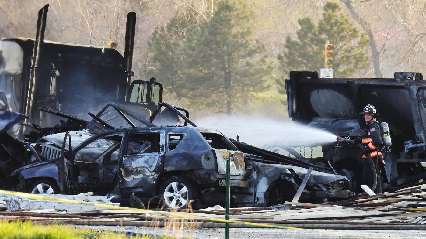 Colorado Highway Crash At Least 4 People Killed In Fiery