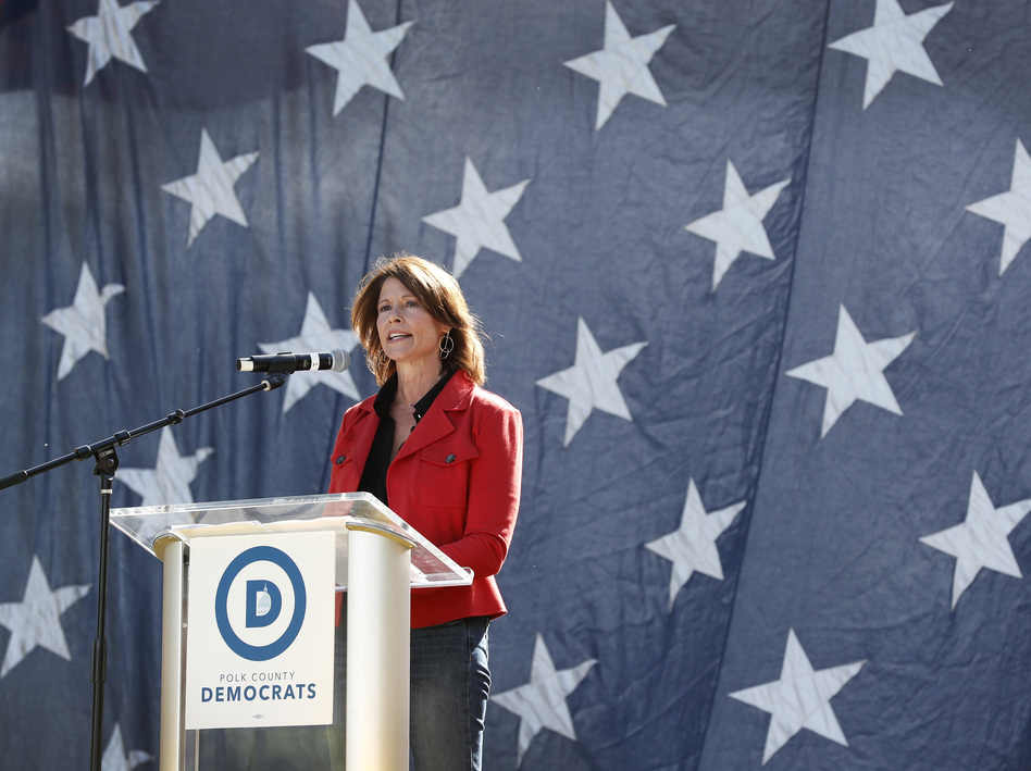 U.S. Rep. Cheri Bustos, D-Ill., is running Democrats' 2020 re-election strategy. (Charlie Neibergall/AP)