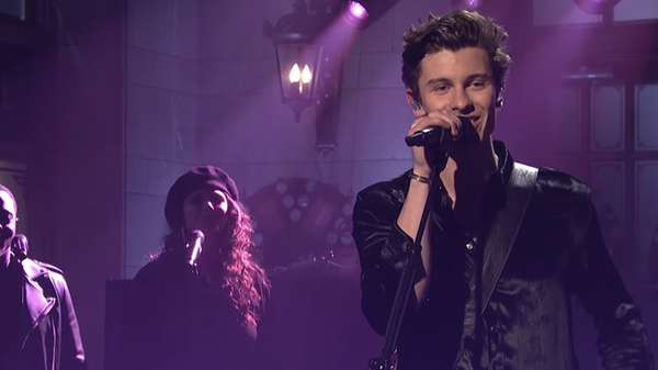 Singer Shawn Mendes performing on Saturday Night Live.