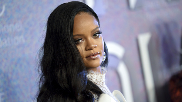 Rihanna is partnering with LVMH Moët Hennessy Louis Vuitton to launch a new fashion label, the artist announced on Friday.