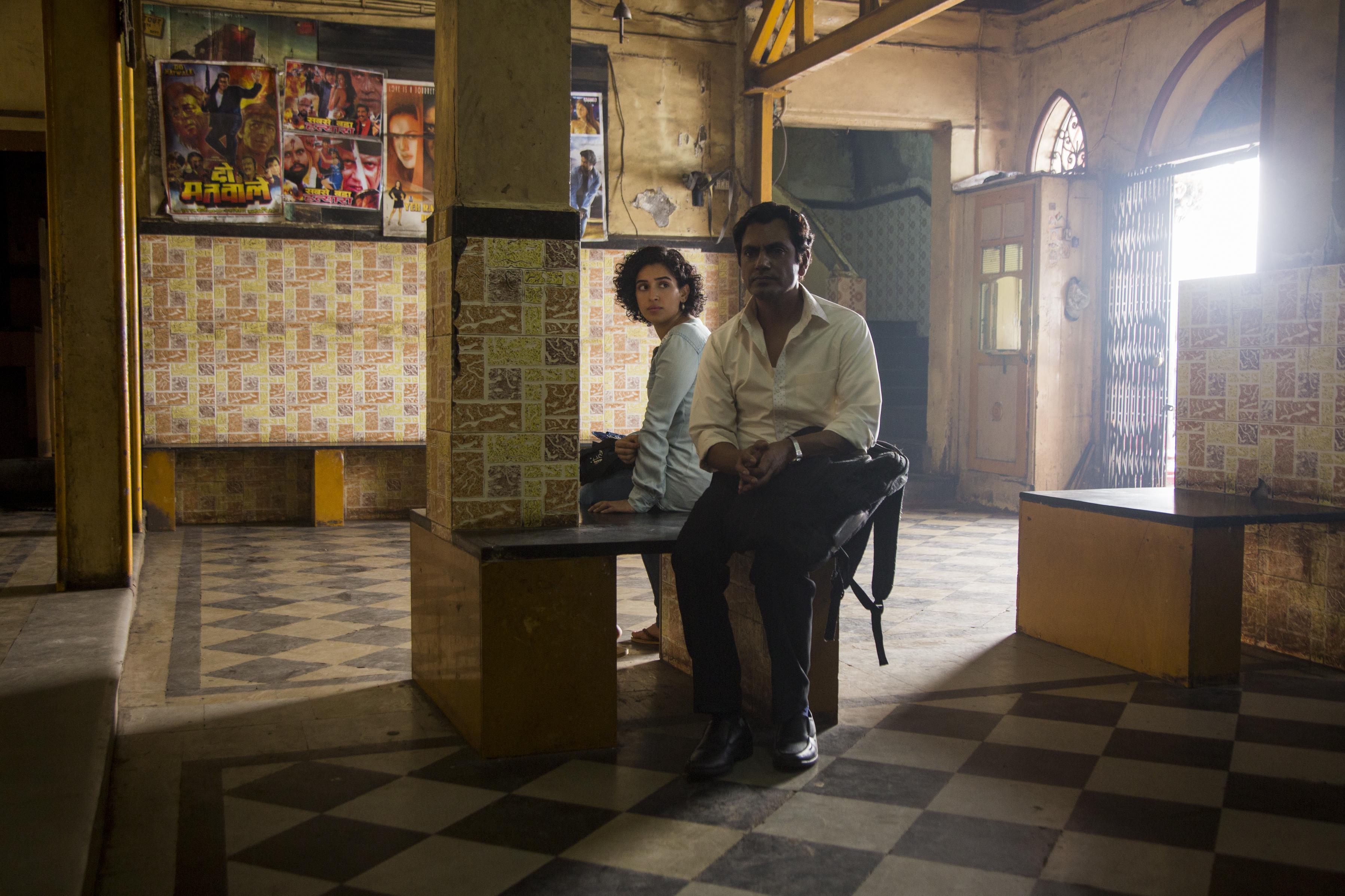 'Photograph' Captures Romance Blossoming Across Mumbai's Class Divide