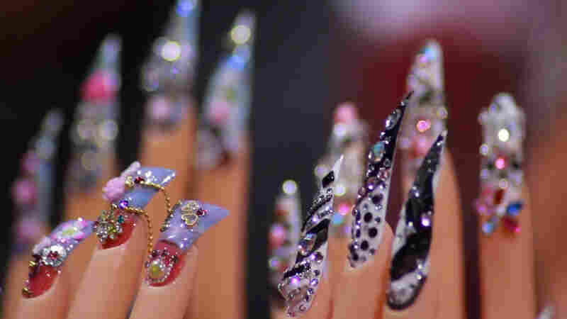 How Vietnamese-Americans Took Over The Nails Business: A Documentary