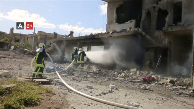 On May 6, an air strike destroyed Nabd Al-Hayat hospital in Syria's Idlib province. (ARAB24/Reuters TV)