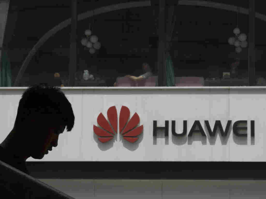 Huawei is working on a backup OS that natively runs Android apps