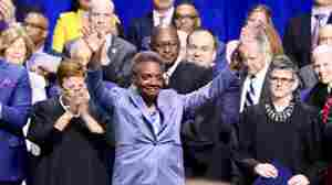 In Historic First, Lori Lightfoot Inaugurated As Chicago's Mayor