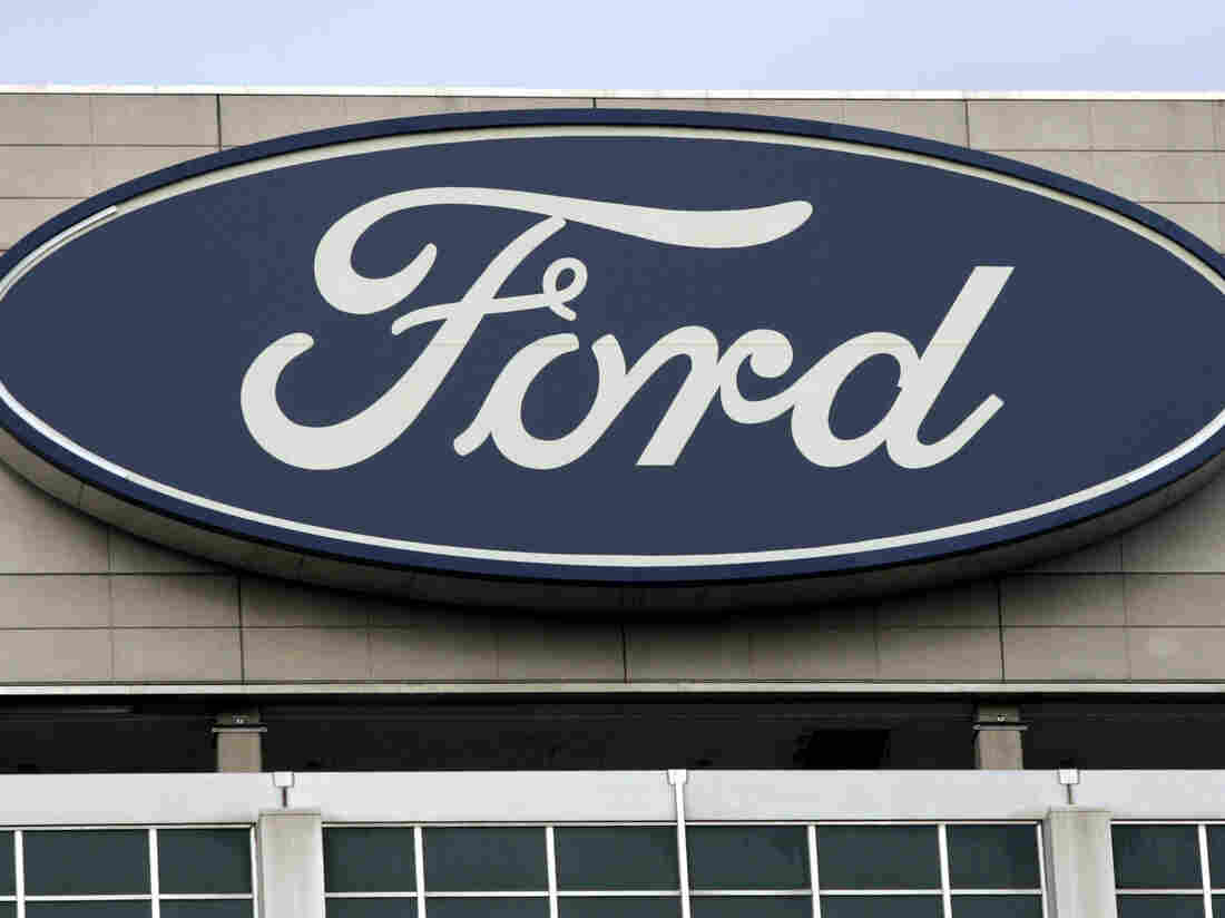 Ford to cut 800 salaried positions in United States by August
