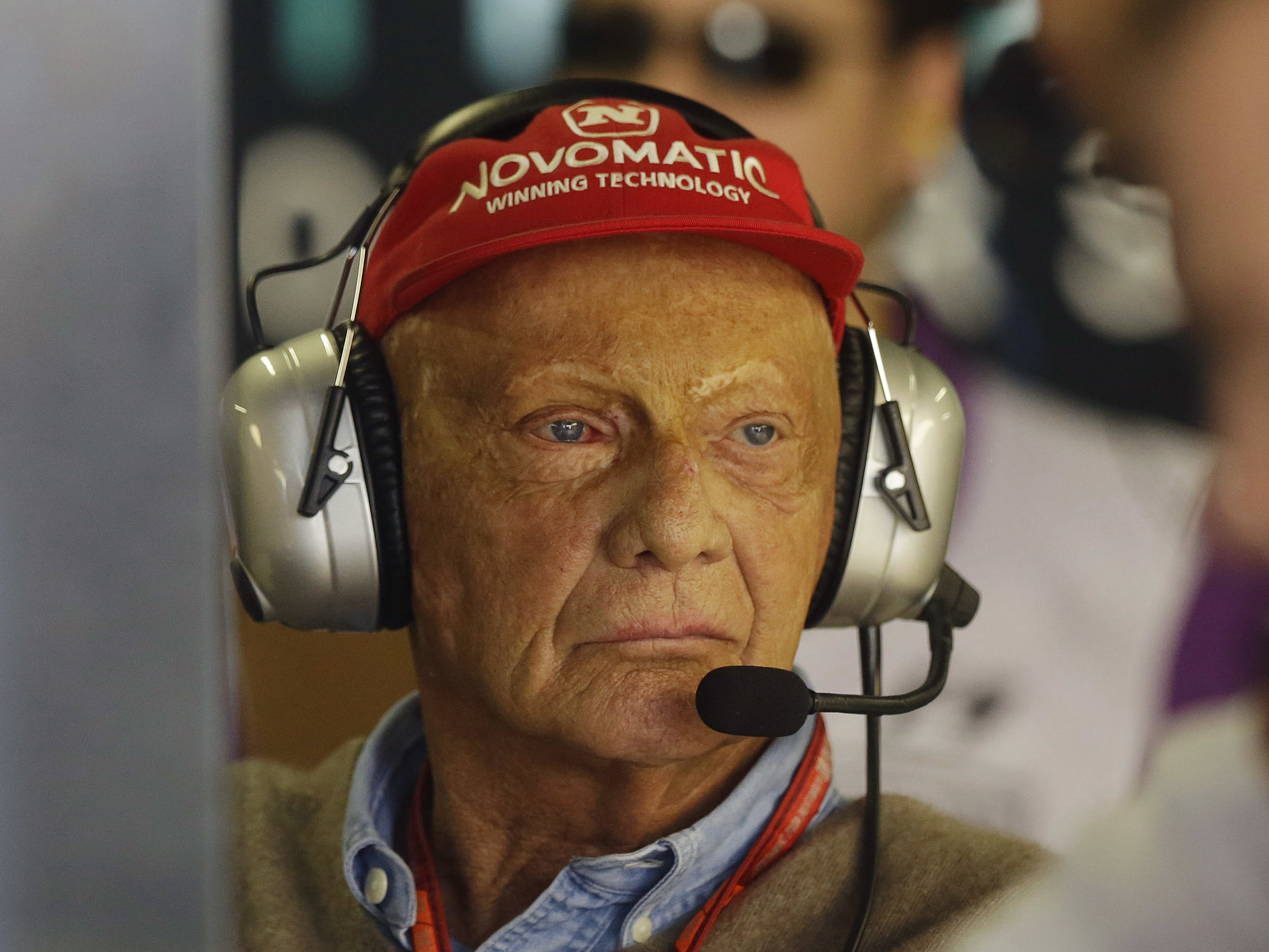 3-Time Formula One Champ Niki Lauda Is Dead At 70