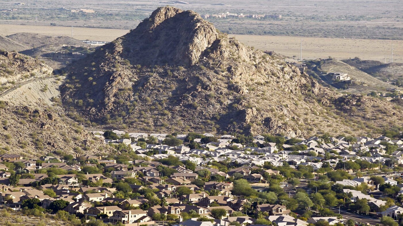 U.S. Population Growing In South And West, Led By Phoenix