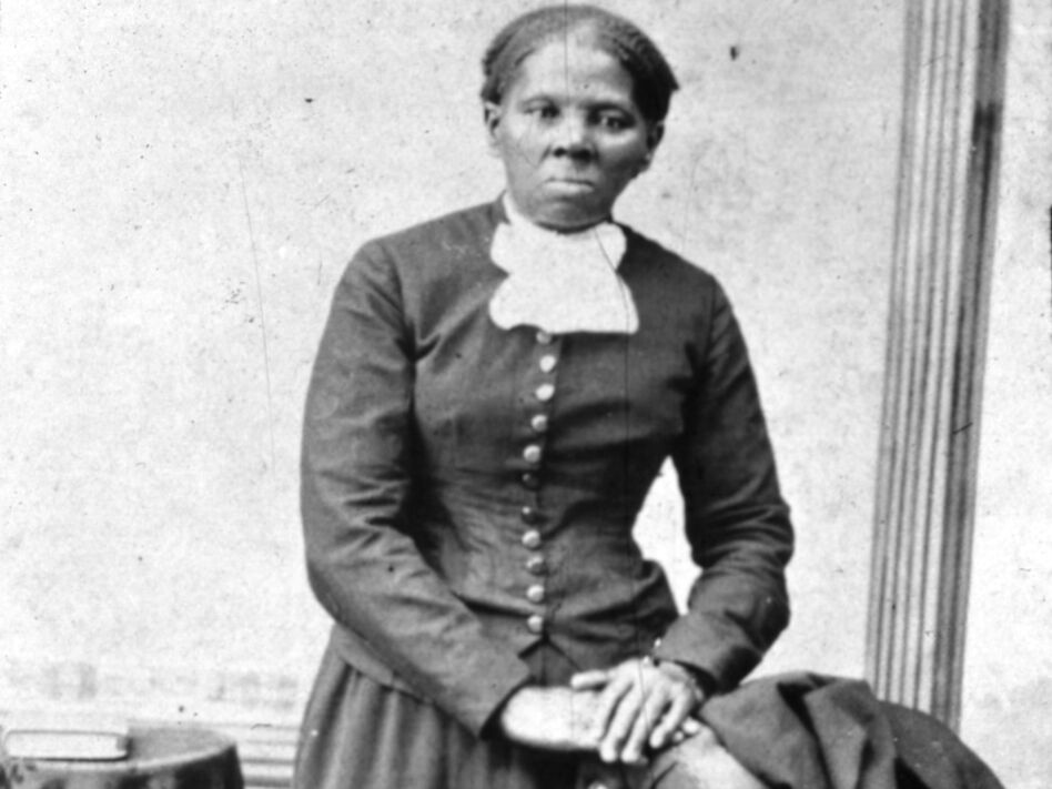 Harriet Tubman won't be put on the $20 bill during the Trump administration. (MPI/Getty Images)