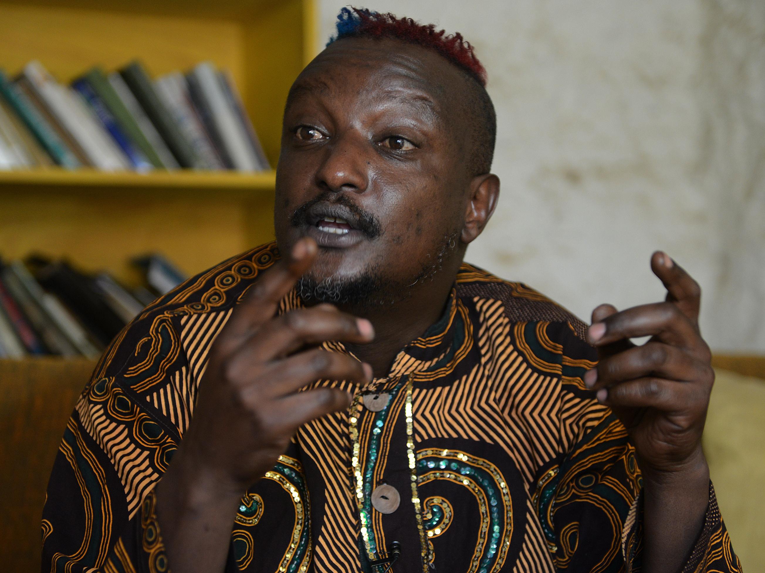 Binyavanga Wainaina Tells Us 'How To Write About Africa'
