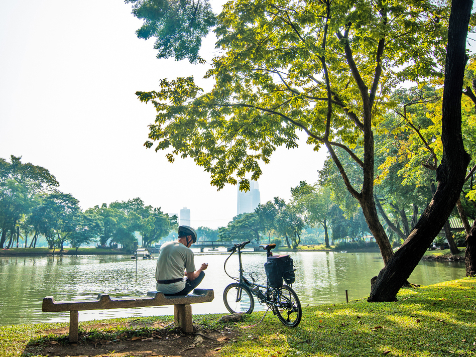 Well-kept parks, clean air and water, safe and friendly neighborhoods: these and many other factors outside our control contribute to health. (WIN-Initiative/Getty Images/WIN-Initiative RM)