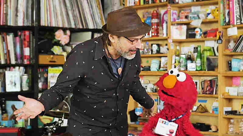 Sesame Street Plays The Tiny Desk