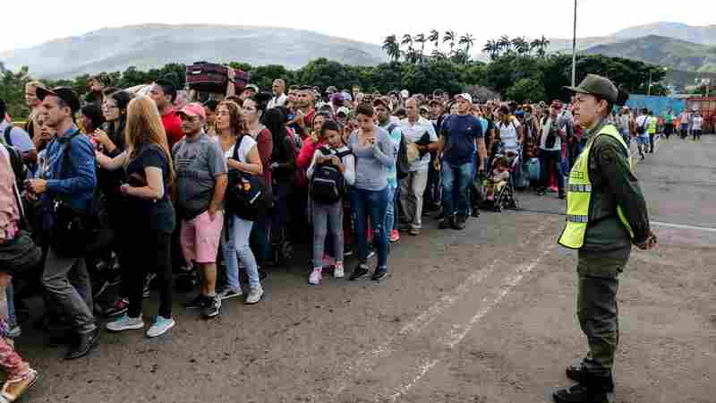 After 4 Months, Venezuela's Border With Colombia Reopens