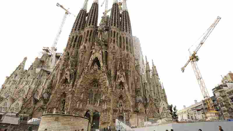 Not Too Little, Too Late: Unfinished Gaudí Basilica Gets Permit 137 Years Later