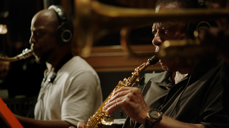 Marcus Strickland, left, and Wayne Shorter, as seen in the documentary <em>Blue Note Records: Beyond the Notes</em>. (Courtesy of Blue Note Records)