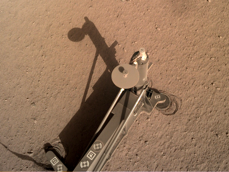 Nasa orbiter captures Star Trek Starfleet logo on Mars