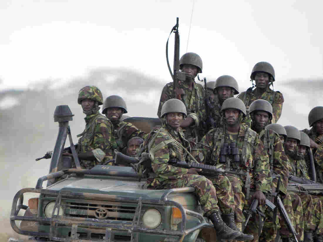 Roadside bomb near Somali border kills 10 Kenyan police officers