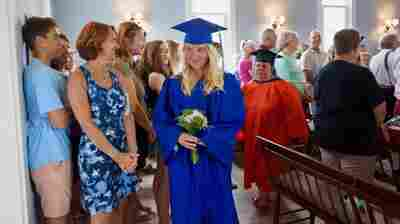 On A Tiny Island, Comedian Delivers A Graduation Speech For One
