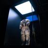 Majhni detajli in lunarni prah: Ohranjanje vesoljske obleke Apolla 11 Neila Armstronga