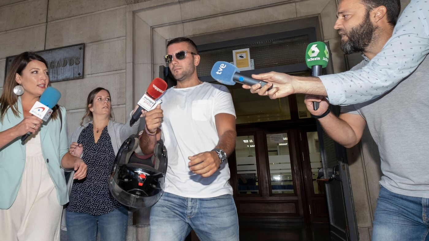 Spain's Supreme Court Rules 'Wolf Pack' Committed Rape ...