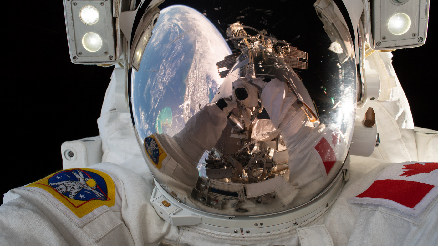 moon space station pictures - photo #40