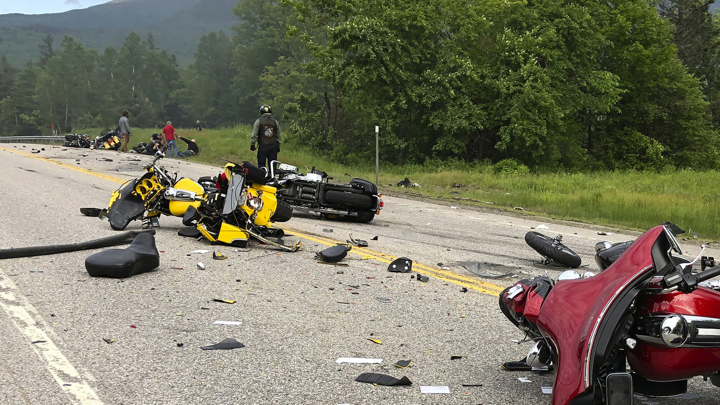 7 Dead After Pickup Truck Collides With Motorcycle Riders in