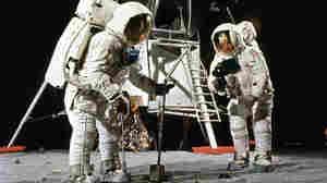 Seeing Apollo Through The Eyes Of Astronauts