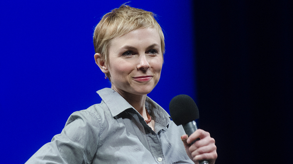 Kat Edmonson performs songs from her 2018 record Old Fashioned Gal backed by a stellar combo of jazz players.