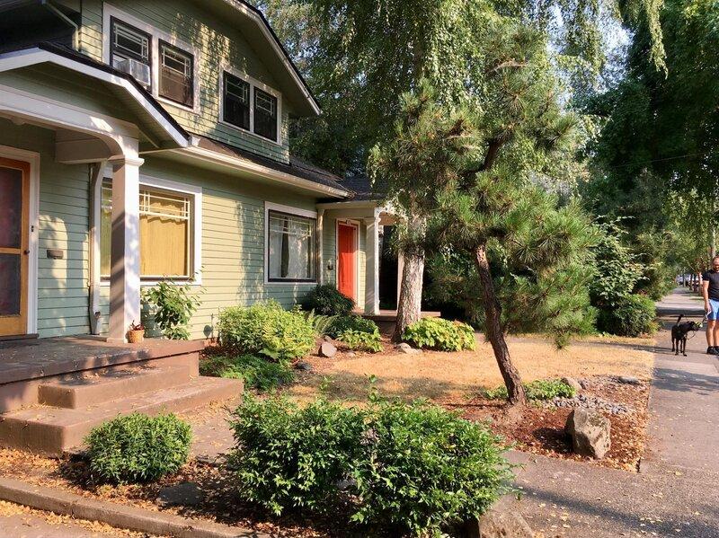 Brilliant Oregon Lawmakers Vote For More Duplex Quadplex Housing Npr Home Interior And Landscaping Mentranervesignezvosmurscom