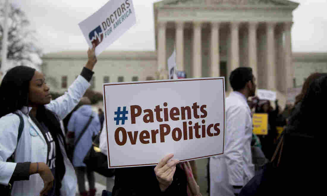 Appeals court panel grills Democratic defenders on constitutionality of Obamacare