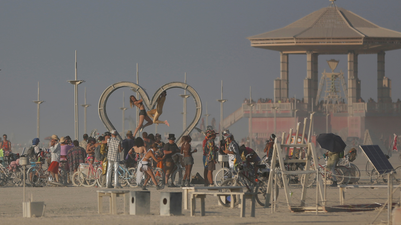 Burning Man: Federal Clampdown Could Imperil Festival's Free