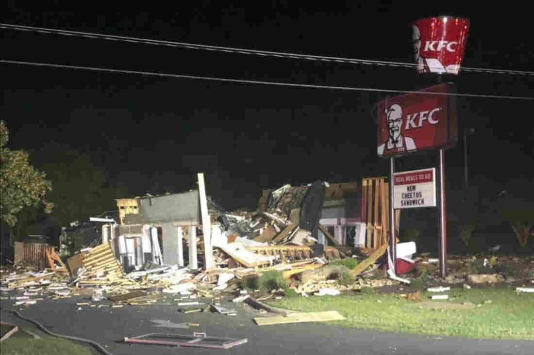 Westlake Legal Group ap_19192466586495_custom-98fb1f892f6eb82950aa1f8828417fc1630da29d-s1100-c15 VIDEO: KFC Obliterated By Explosion In North Carolina