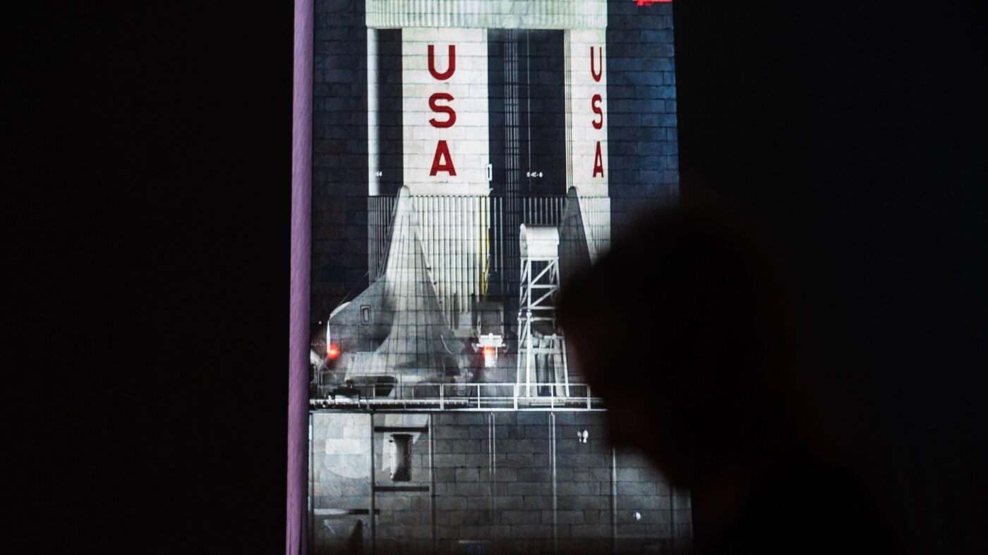 apollo 11 space mission washington monument - photo #33