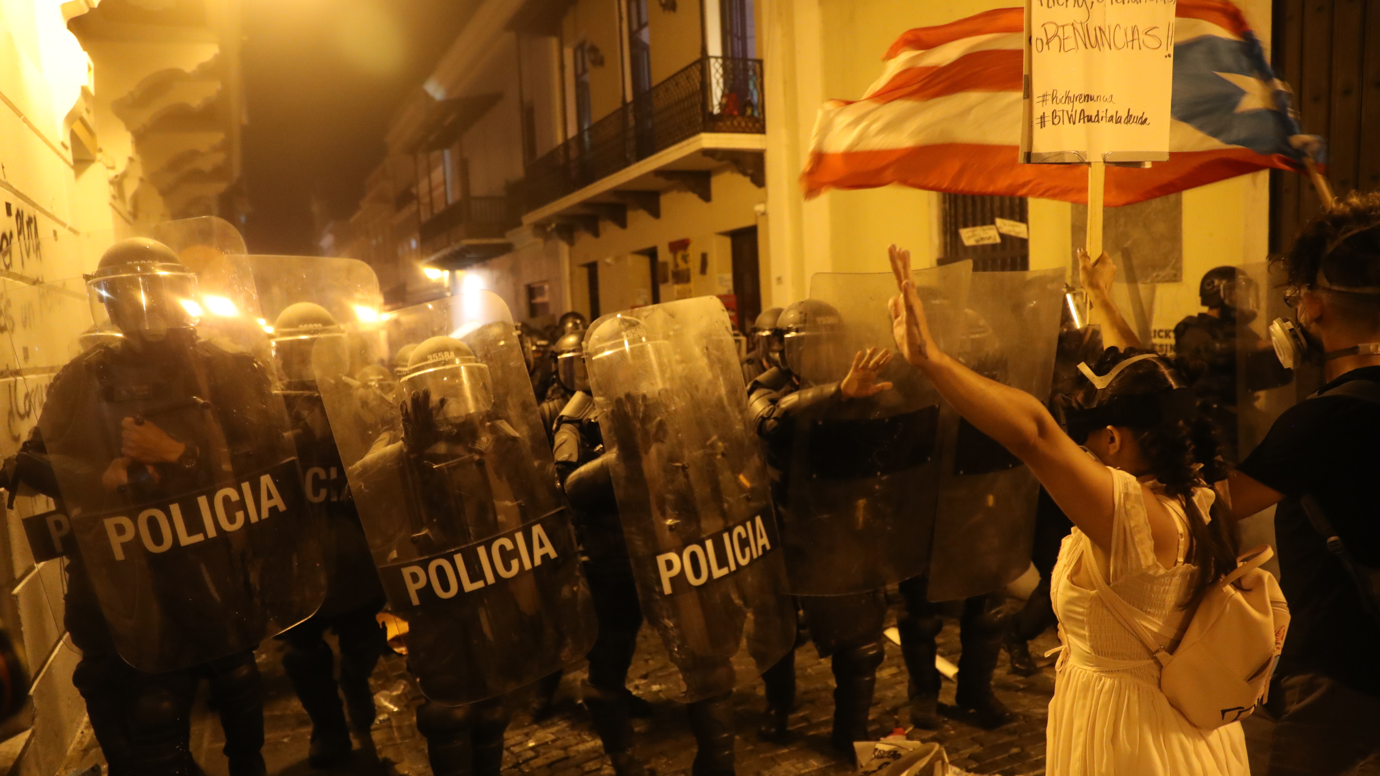 Streets A 'War Zone' As Protesters Call For Puerto Rico's Governor To Resign