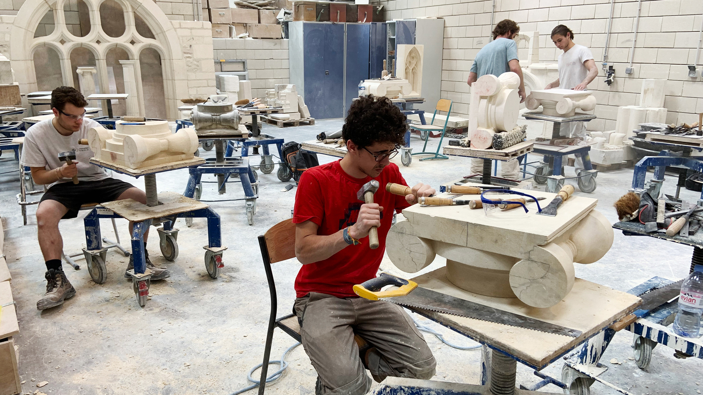 Notre Dame Fire Revives Demand For Skilled Stone Carvers In France