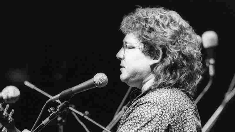 Remembering Russell Smith On Mountain Stage