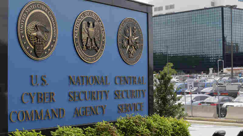 Ex-NSA Contractor Who Stole Top Secret Documents Is Sentenced To 9 Years In Prison