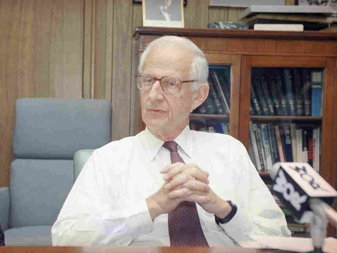 Legendary Manhattan DA Robert Morgenthau dies at 99