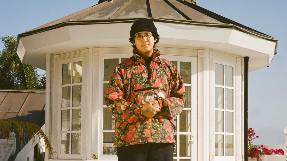 Cuco Redefines The Role Of A Teen Idol With 'Para Mí'