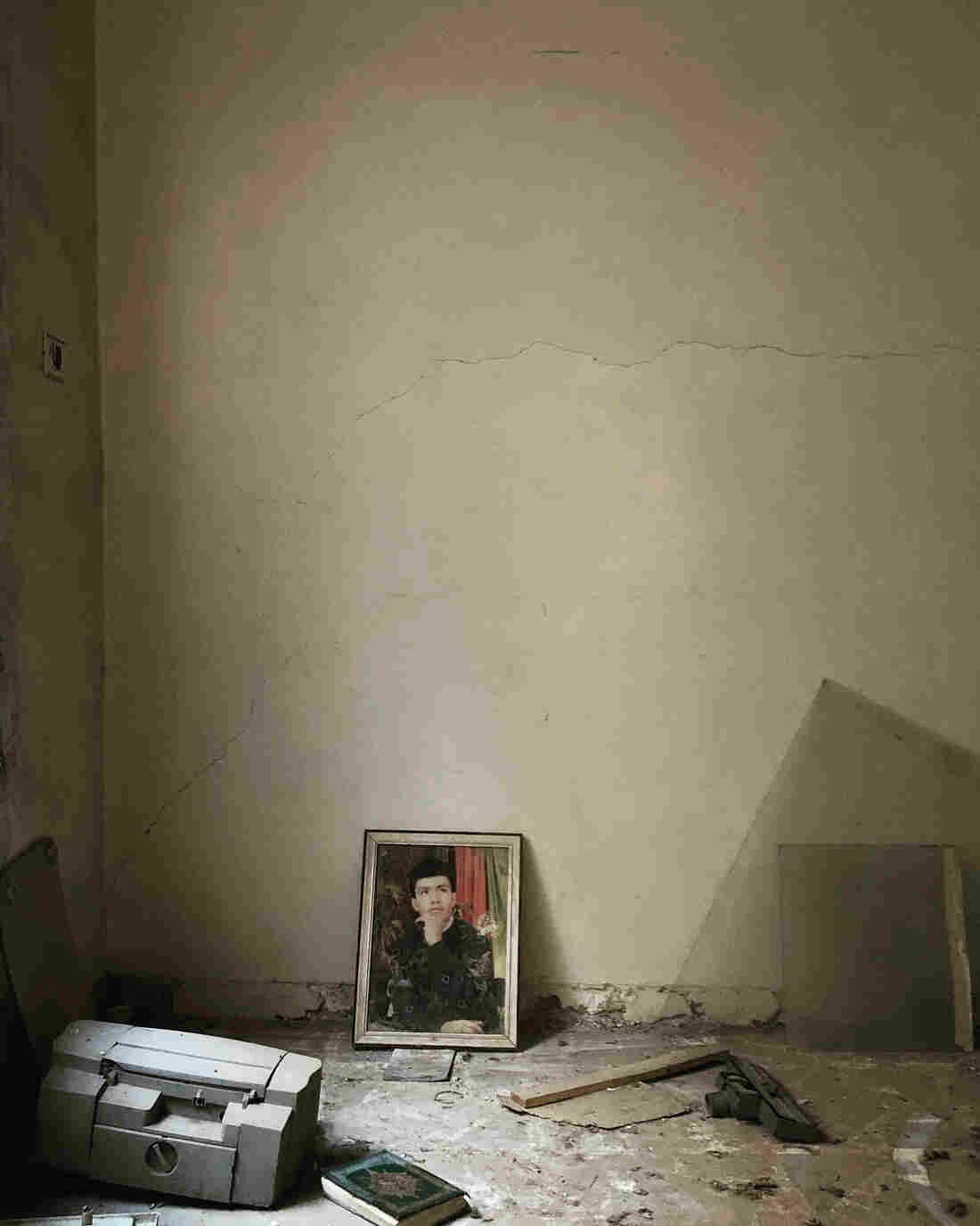A room in an abandoned house in Aleppo, Syria.