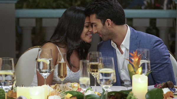 Gina Rodriguez and Justin Baldoni as Jane and Rafael, whose wedding was the centerpiece of the finale of Jane The Virgin.