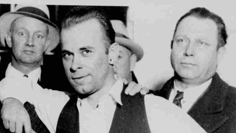 John Dillinger's Relatives Say They Have 'Evidence' The Buried Body May Not Be His