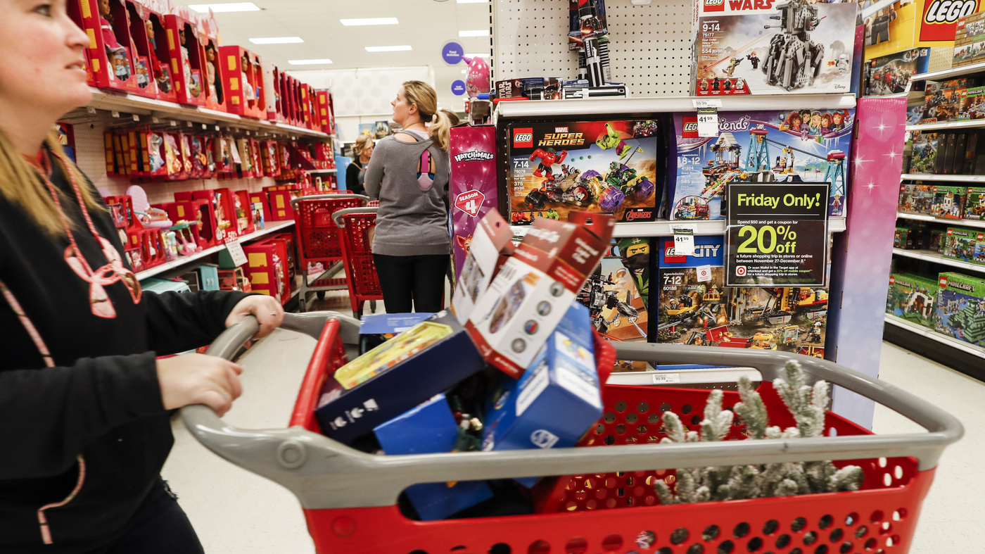 Get Ready For Higher Prices If New Tariffs Hit Goods From China, Retailers Warn thumbnail