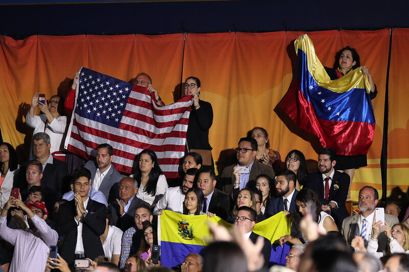 Venezuelan Scientist Offers Reality >> White House Looks To Protect Venezuelans In U S Illegally