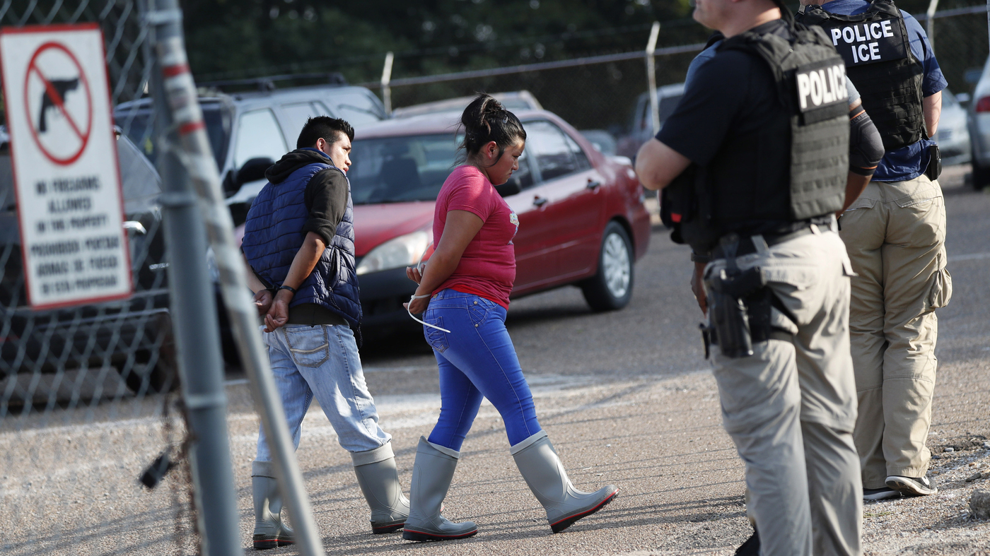 ICE Raids In Mississippi Capture More Than 600 Unauthorized Workers - NPR